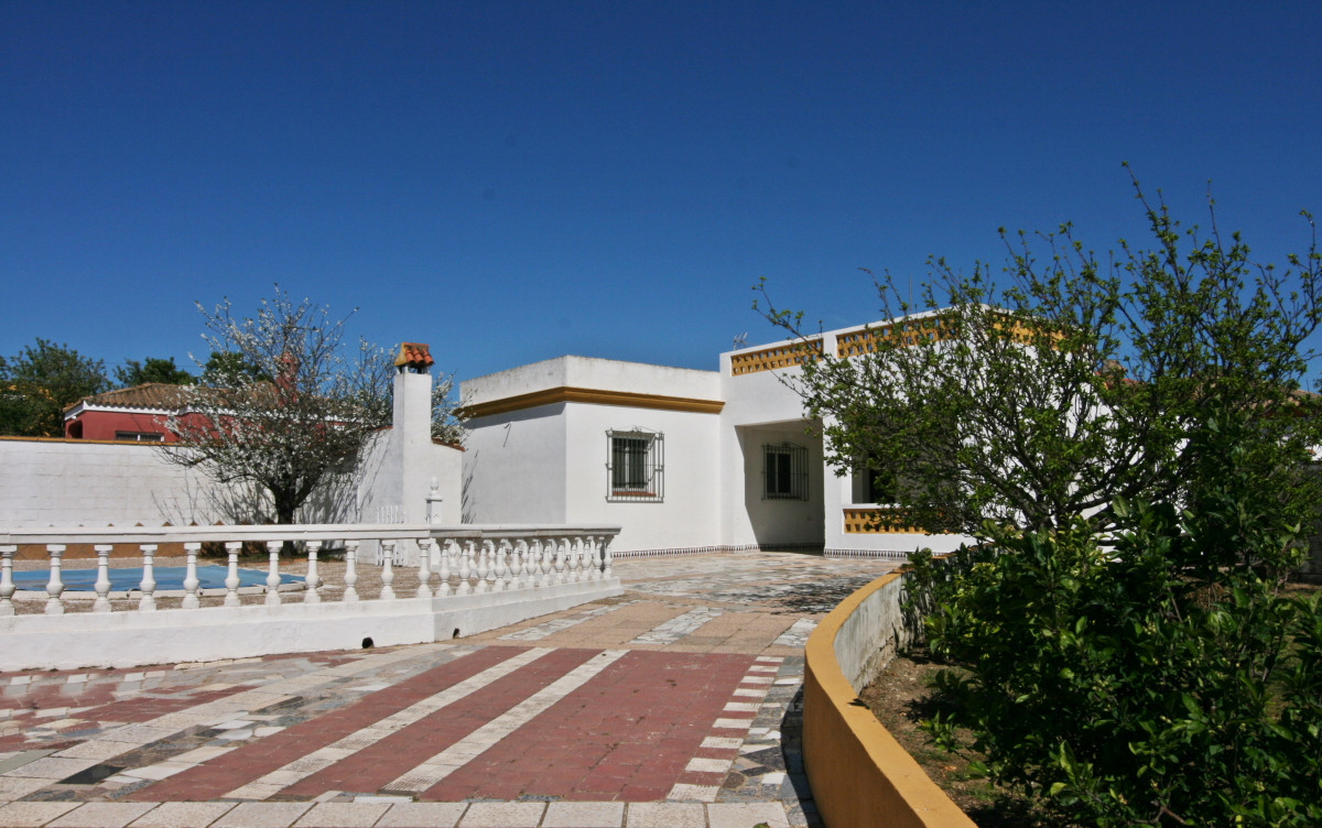Natural home chiclana pictures.